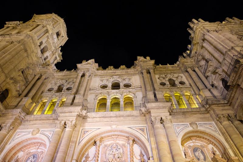 Rue et port de Malaga